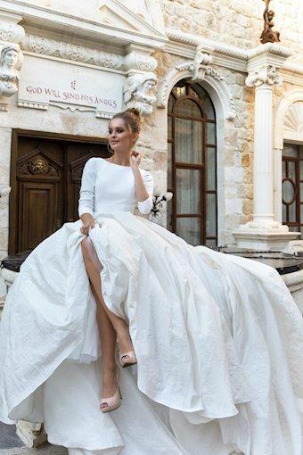 Eva Lendel Style #Naomi