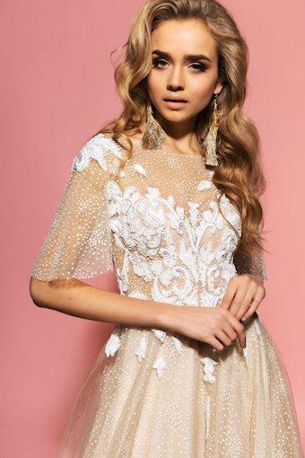 Eva Lendel Style Rebeka