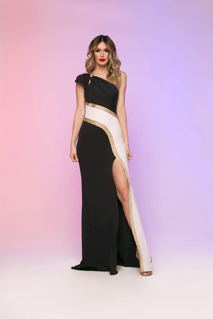Nicole Bakti Style #611