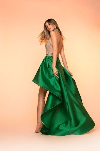 Nicole Bakti Style #6824