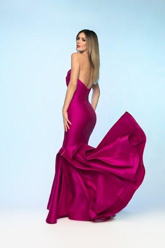 Nicole Bakti Style #6826