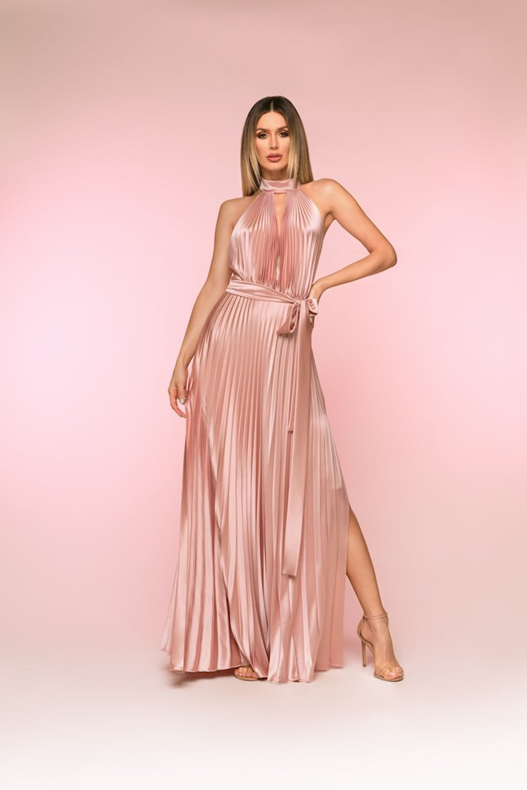 Nicole Bakti Style #6833