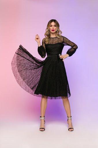 Nicole Bakti Style #6837