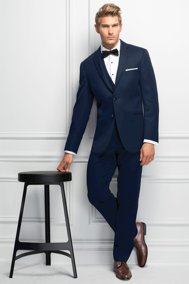 TUXEDO AND SUIT COLLECTIONS 371