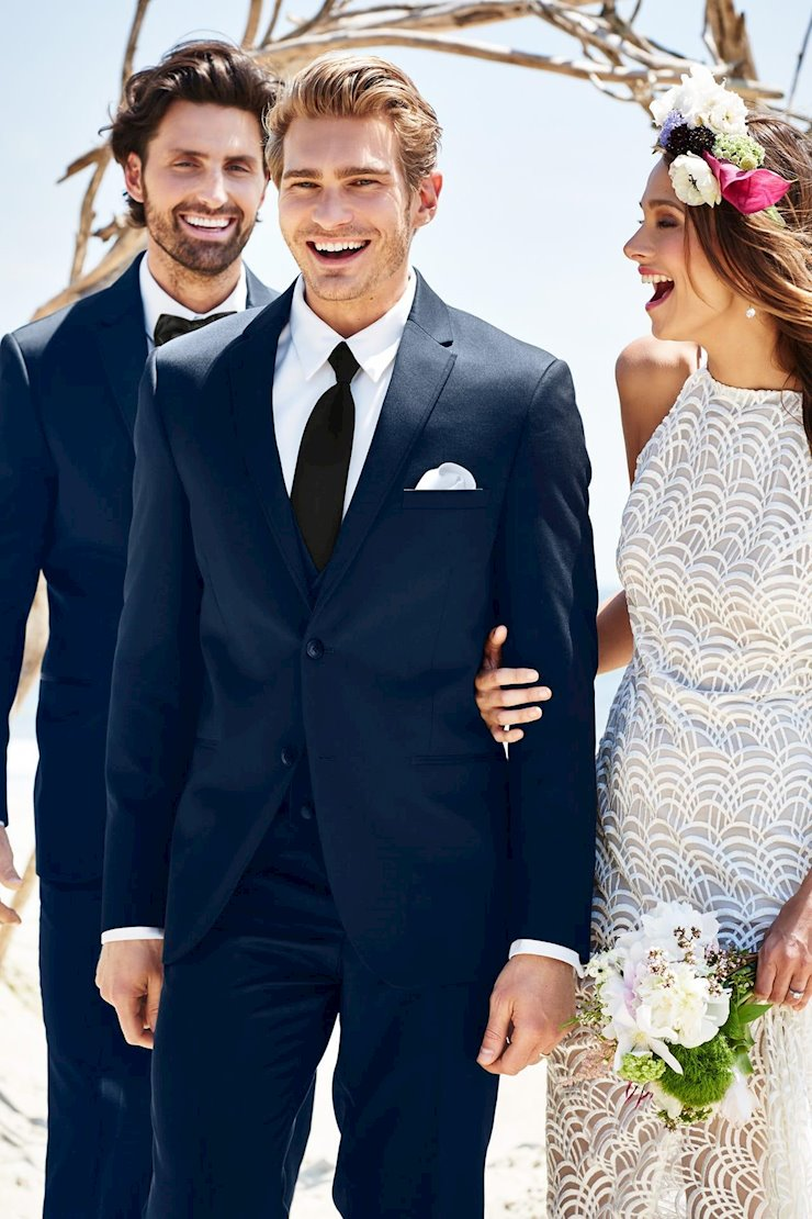 TUXEDO AND SUIT COLLECTIONS 372