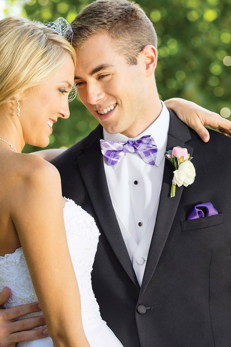 TUXEDO AND SUIT COLLECTIONS 990 Image