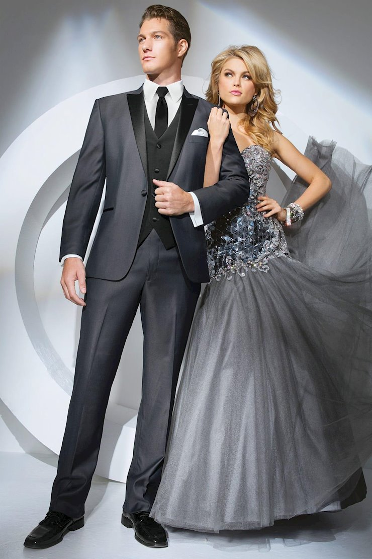 TUXEDO AND SUIT COLLECTIONS 301 Image