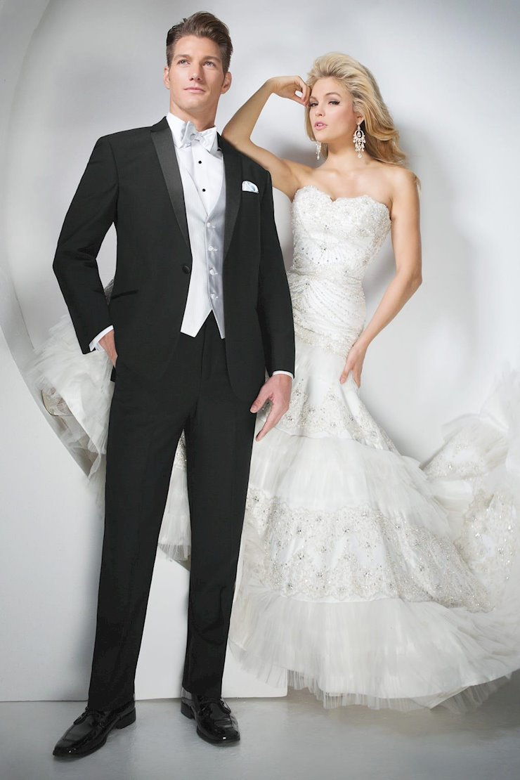 TUXEDO AND SUIT COLLECTIONS 901