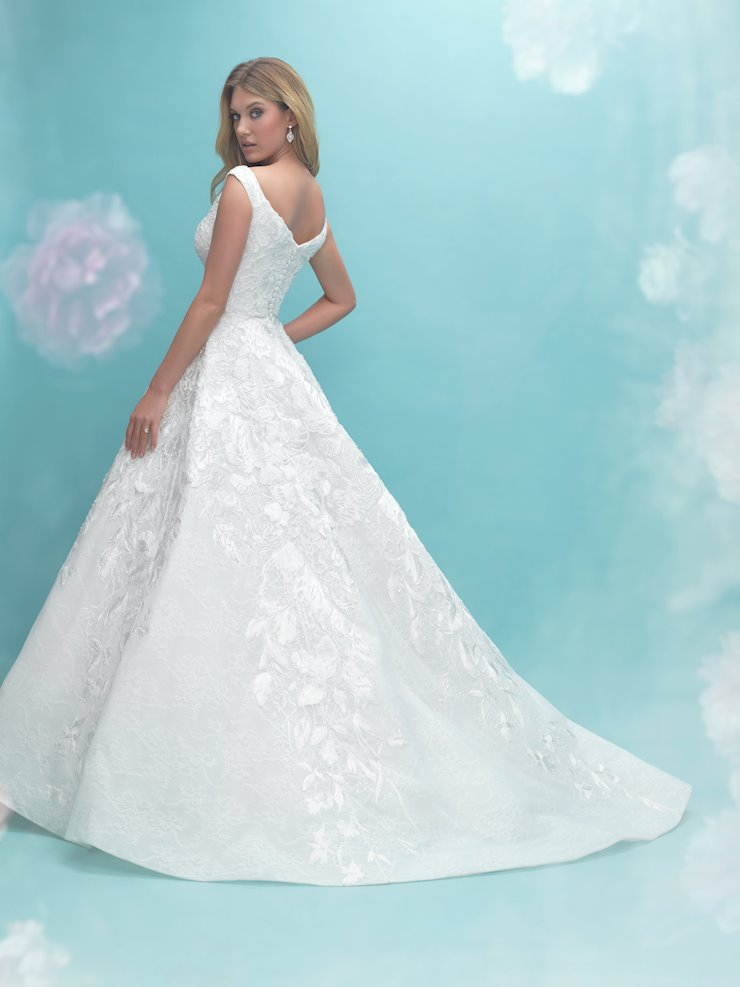 Allure Bridals Style No. 9475