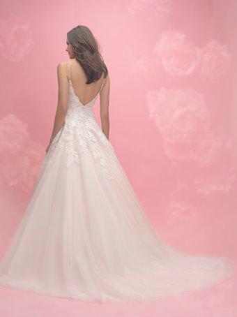 Allure Romance Style #3053
