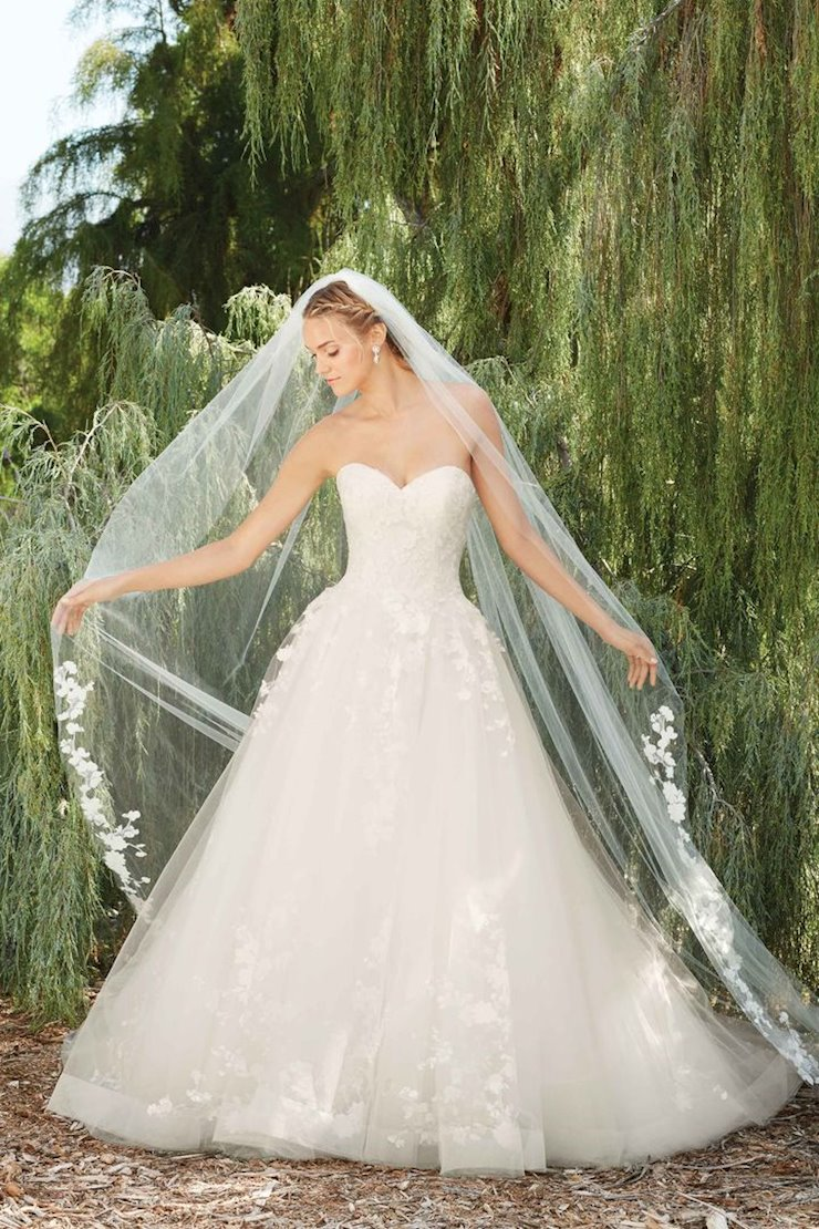 Casablanca Bridal Style #2267 Image