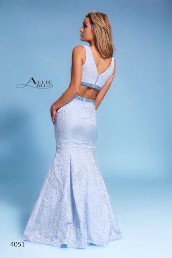 Allie Blu 4051