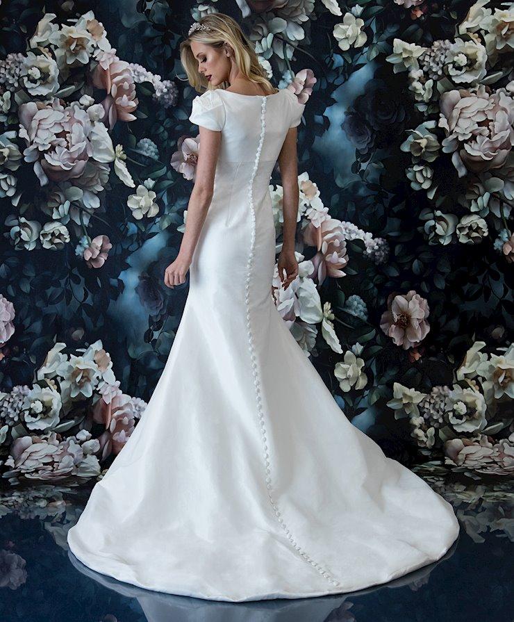 Laine Berry Bridal 11815LB
