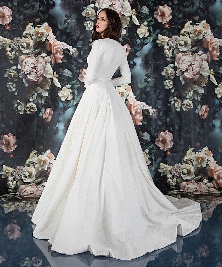 Laine Berry Bridal 11818LB