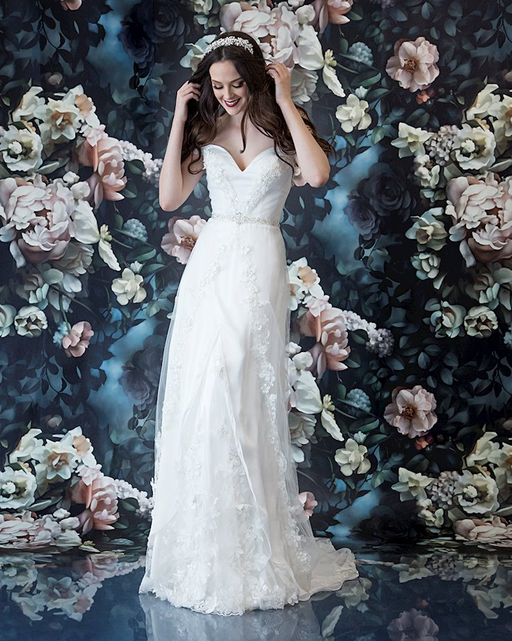 Laine Berry Bridal 11821LB
