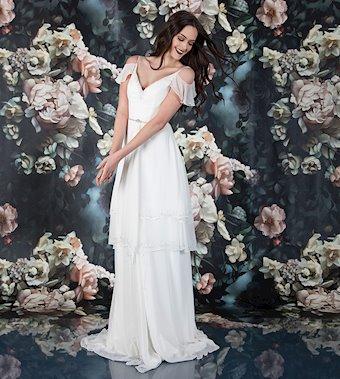 Laine Berry Bridal 11822LB